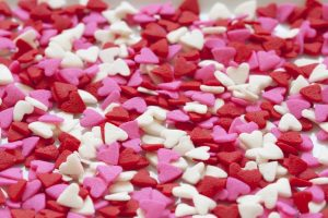 hearts-background-red-pink-190933-large_source_pixabaydot-com