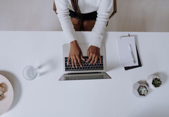I'm Blogging Again